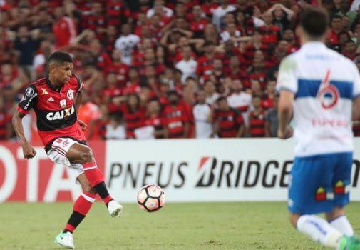 Herói do último título Márcio Araújo vive grande fase com a camisa do Fla