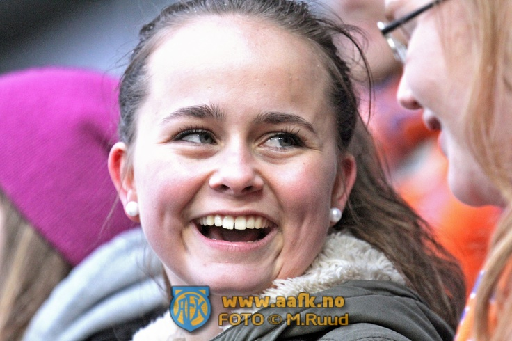 Soccer Game - sharing moments (AaFK).