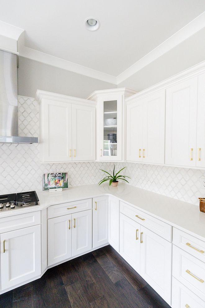 Max And Carlys Cabinet Color And Trim Color Would Look Good With Taj Majal Or Sea Pearl In 2020 Best White Paint Paint Cabinets White Kitchen Paint Colors