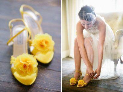 Zapatos de colores para novias   Preparar tu boda es facilisimo.com