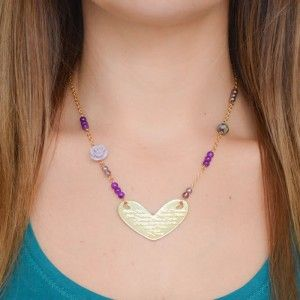Collar Corazón Morado | Dulce Encanto accesorios para mujer.  Compra tus…