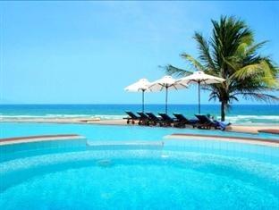 Centara Sandy Beach Resort Da Nang Danang - Swimming pool