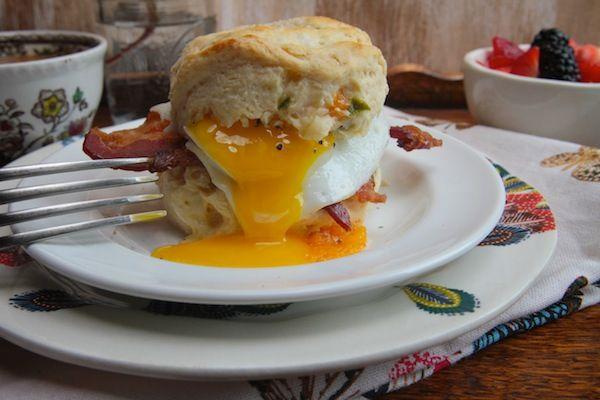 Cheddar Jalapeño Biscuits // shutterbean | Food! | Pinterest