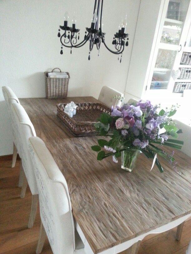 Tafel met riviera maison stoelen