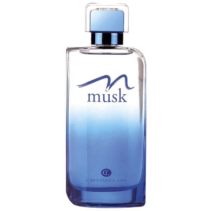 #CristianLay Set #Musk: Colonia   E il set Musk? E' un set con una profumazione abbastanza neutra e floreale, che apporta benessere e confort ma allo stesso tempo soavità e idratazione, è composto da una crema corpo e una colonia. E tutto ad un prezzo davvero ridotto!