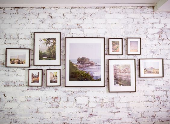 25 Best Ideas About Photo Wall Arrangements On Pinterest