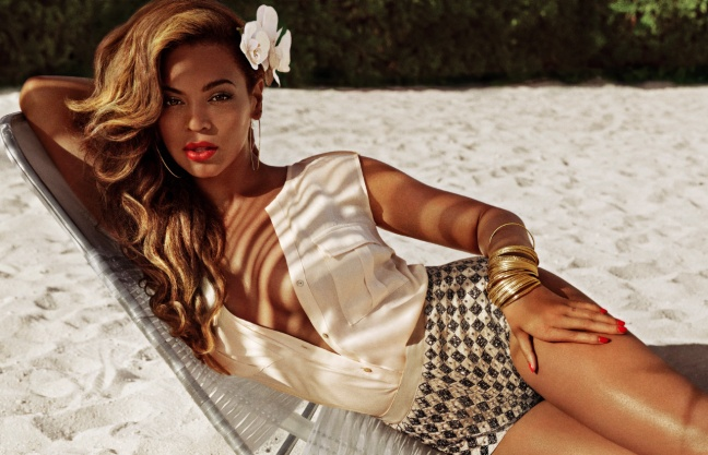 FIRST LOOK: Beyonce As Mrs. Carter In H | Celebrity News & Style for Black Women