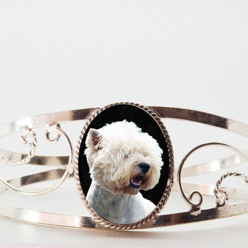 New cuff bracelets have arrived!  They make stylish, comfortable and affordable photo keepsake bracelets and gifts for dog lovers!  Check them out.  $24.99  www.simplyitalydesigns.com