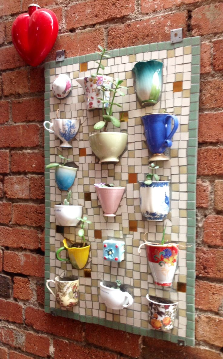 Great idea for chipped and broken crockery! Makes…
