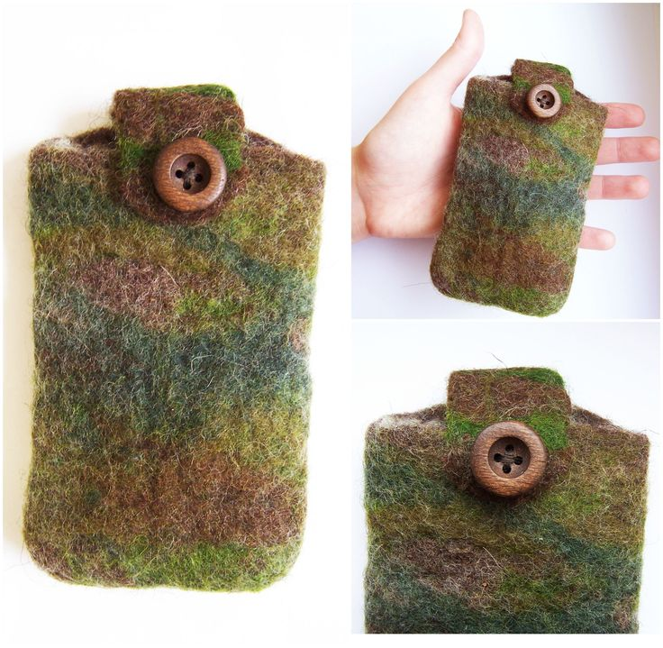 """FELTED phone case - """"THE HUNTER"""" Technique: felted Material: wool, wood  Mobilcase made of merino wool with the colors of the wilderness, not just for hunters! Decorated with a wooden button.  Size: 7 x 11 cm (Height x Width)"""