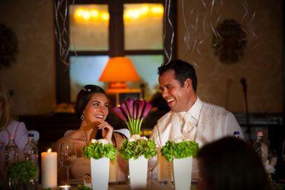 Esküvői fotózás Hemingway étterem.  http://zoomstudio.hu/eskuvoi-fotos/