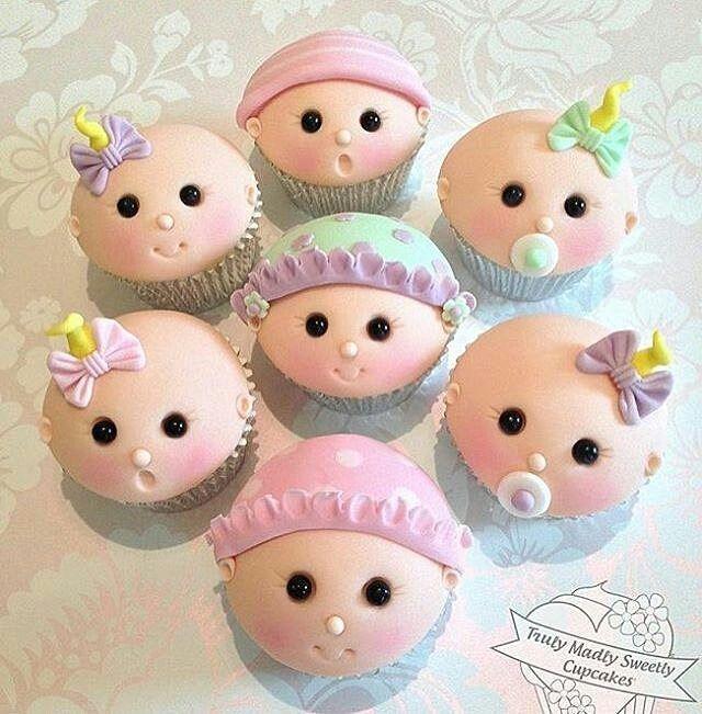 Via @encantosdefestas  Muita perfeição em formato de cupcakes By @trulymadlysweetlycupcakes , #inspiresuafesta #cupcakes #cupcake #chadebebe #chádebebê #babyshower #maedemenino #maedemenina #encantosdefestas