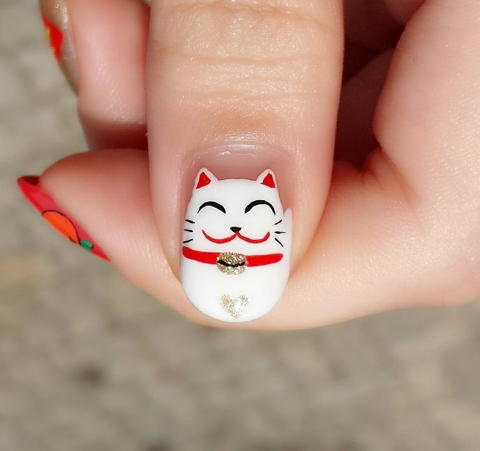 Gato blanco Japones decorado en uñas - Japanese cat nail