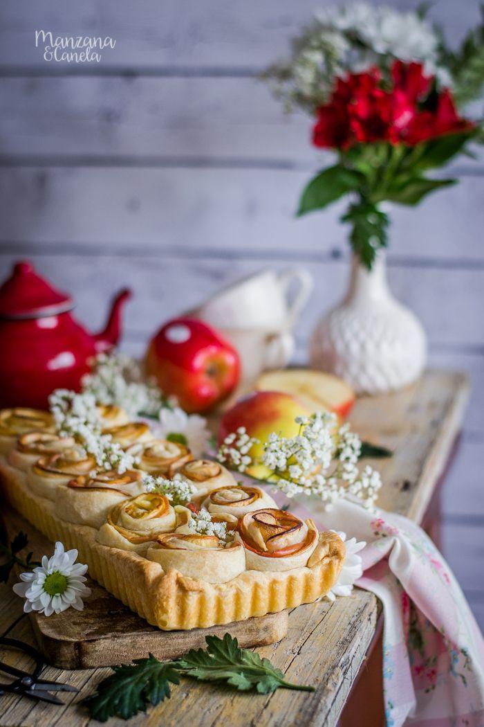 Manzana&Canela: Tarta de rosas de manzana. Receta de San Valentín. Apple Roses, Sweet Tarts, Apple Pie, Camembert Cheese, Food And Drink, Sweets, Valentines, Eat, Desserts