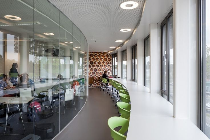 Stoas Vilentum Hogeschool in Netherlands / BDG Architects Zwolle - love the idea of bar height tables at windows