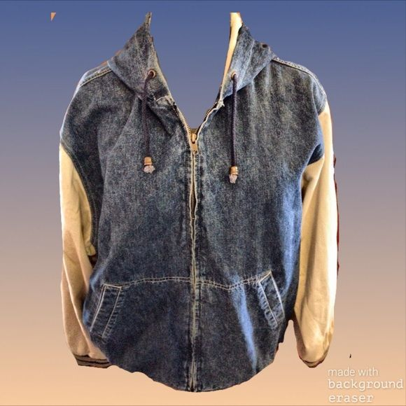 Arizona baseball-style hooded jean jacket Retro look takes center stage here!  Comfy and warm enough for a cool day, you can't go wrong with this classic. Arizona jeans company, so you know it's made well! Arizona Jean Company Jackets & Coats Jean Jackets