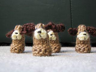 Free Knitting Pattern - Amigurumi: Puppy Puppets
