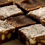 Eet-Sum-Mor Fudge - can also make this with Marie biscuits instead of Eet-Sum-Mor