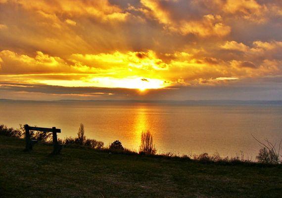 A hely, ahonnan a Balaton tengernek látszik: ide feltétlenül el kell menned! | femina.hu