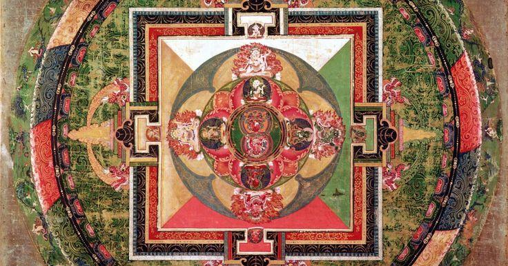 Como interpretar mandalas. A mandala é um projeto que, segundo o psiquiatra suíço Carl Jung, é uma representação do eu interior. Jung foi uma figura importante na interpretação da mandala como um reflexo de estados psíquicos. Ele ajudou a provar a sua tese básica de que ideias e experiências arquetípicas básicas existem em todas as culturas, línguas e nações. Elas existem ...