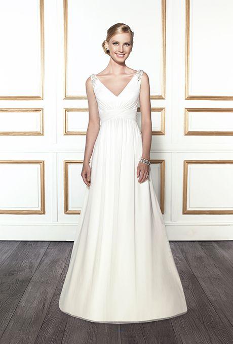 "Brides.com: Wedding Dresses We Love For Under $1,000  ""Alyssa"" lace little white dress, $795, Theia available at Weddington WayPhoto: Courtesy of Weddington Way"