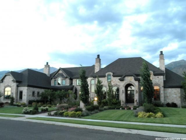 Looking for a home in Cedar City, St. George, Blanding, Hurricane, or any other Southern Utah destinations? Search FindStGeorgeUtahHomes.com for you perfect home!