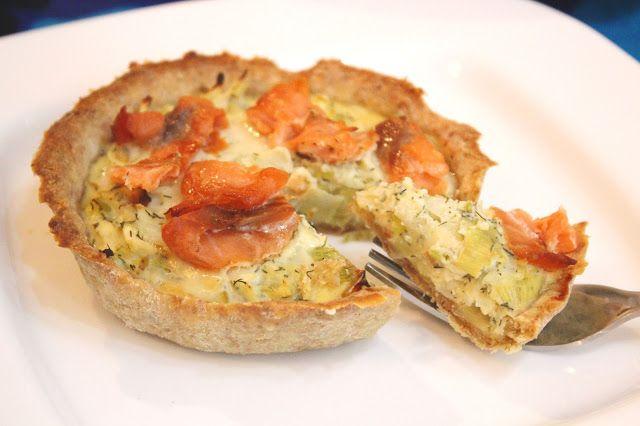 Bran tart w/ salmon & pears