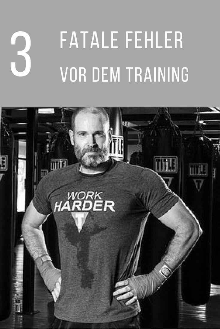 Vermeide diese drei Fehler vor dem Training und baue schneller Muskeln auf. Ganz einfach und leicht zum umsetzen.