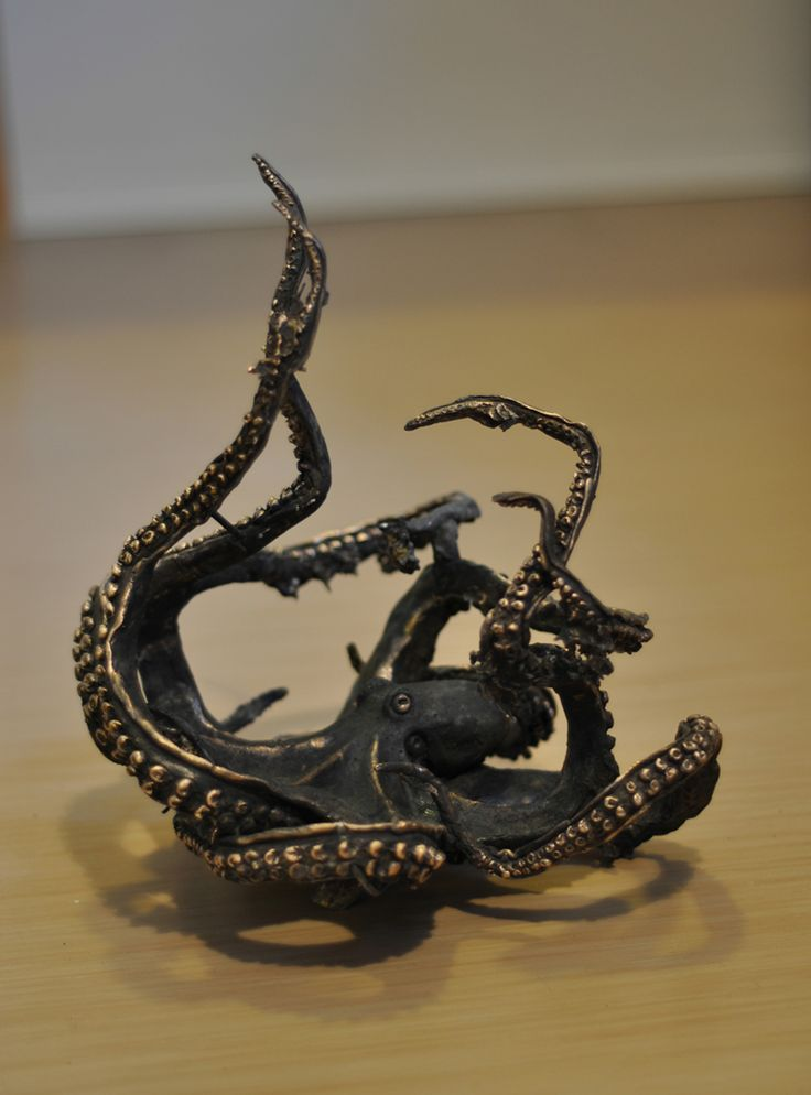 Joel Rahkonen, Meritursas, 30 x 26 x 26, Bronze cast / The Art of Basware 2015