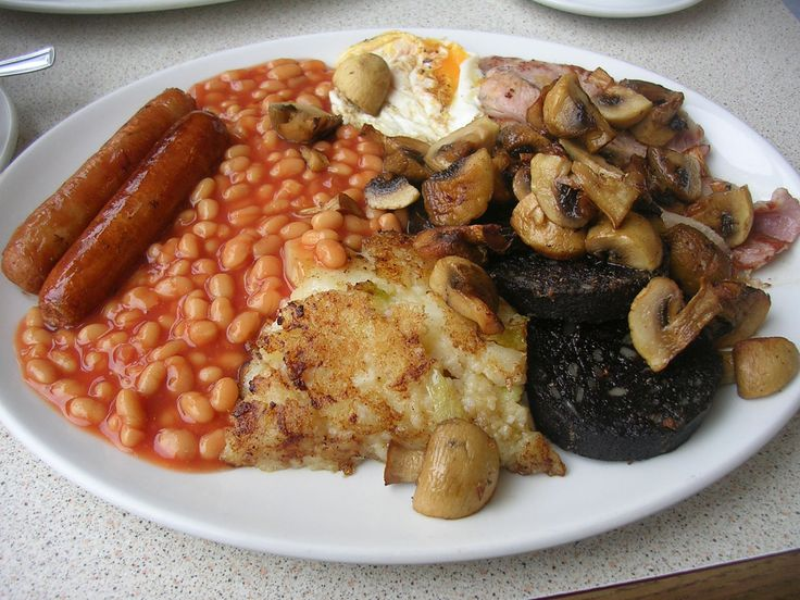 The full Scottish, English, Irish breakfast - always an option if I want to put on 5 kilos in 4 days :)