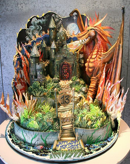 dungeons and dragons cake. Amazing!