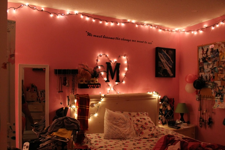 tumblr bedrooms with lights and quotes