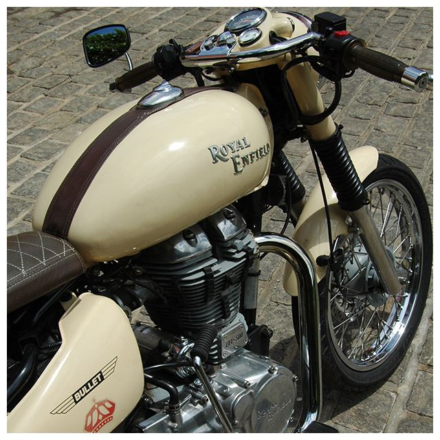 Royal enfield cafe racer sur base royal enfield bullet