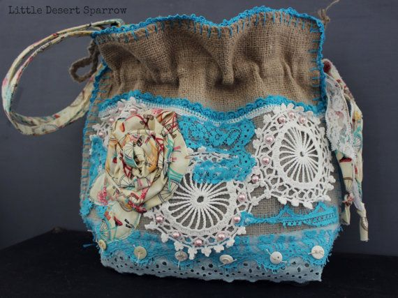Shabby vintage lace and doily burlap purse por LittleDesertSparrow