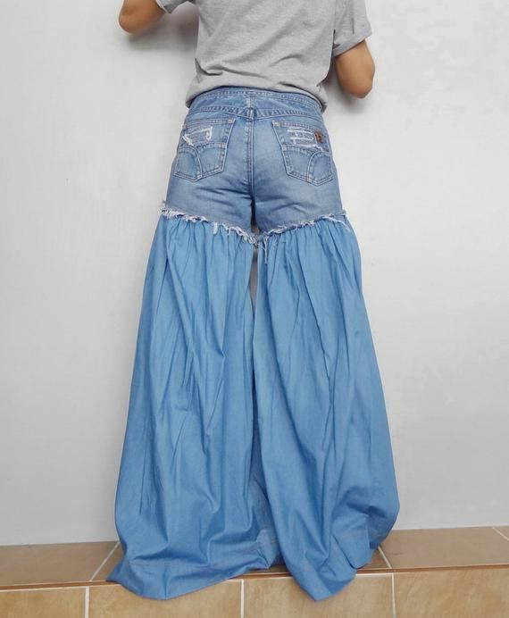 5b7c8a78cbb Wide Legs Jeans Frayed Distressed Jeans,Unique Bell Bottom Light ...