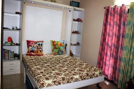 #Подарите новую  #комнату_детям, чтобы создать #счастливые_воспоминания. (#новости из Индии)   Возьмите посмотрите на эти фотографии. Разве вы хоть немного  не #завидуете? Ну, да есть такое)!  Мы должны сказать, что это одна из наших установок, которая очень близка  нашему сердце. Не потому, что мы помогли гордому и любящему отцу сделать комнату для двух его растущих мальчиков  в  независимое  и самодостаточное собственное жизненное пространство, но и потому, что мы помогли  создать в…