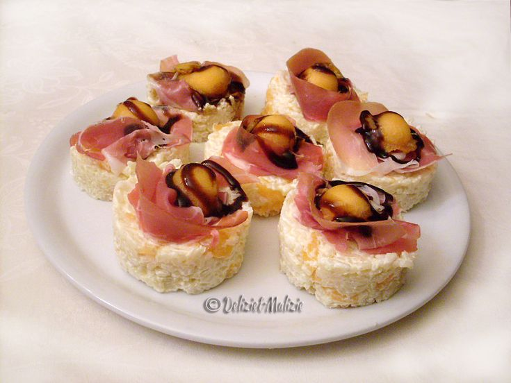 Delizie+di+riso+al+prosciutto+e+melone,+una+simpatica+alternativa+alla+solita+insalata