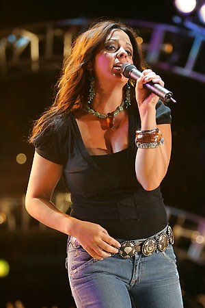 Sara Evans Twitter | Sara Evans Photo Gallery
