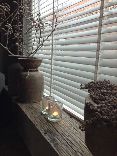 love the shelf/window frame