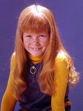 Suzanne Crough as Tracy