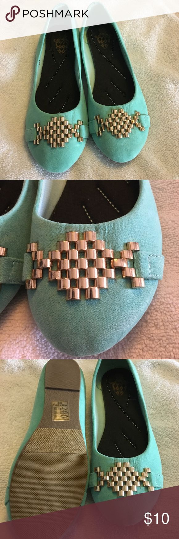 Cute teal flat shoe - size8 Cute real flat shoe Shoes Flats & Loafers