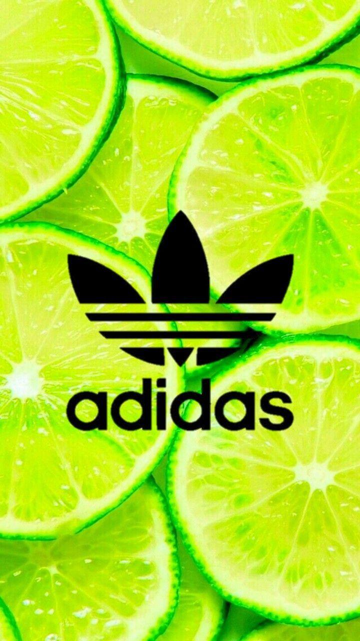 fruit + Nike ou Adidas égale logo