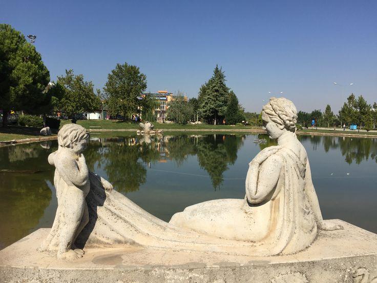 Pamukkale Üniversitesi - Denizli sculpture, lake, nature, art, 🎣🗿🌳