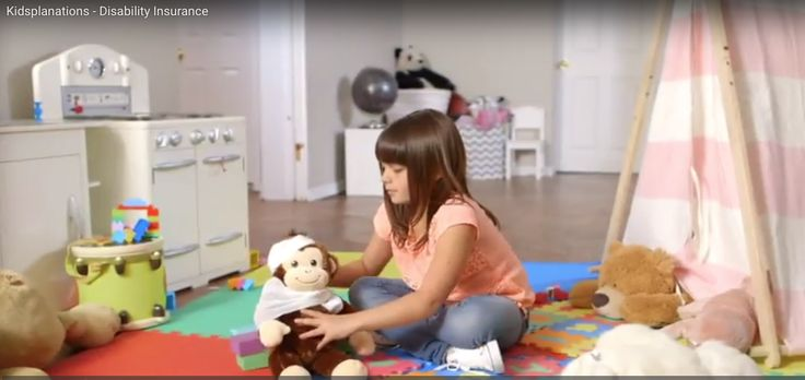 Carolyn's Kids Talent Sophia P. does a great job in this commercial for @RBC Kidsplanations! Contact us to book her on your next project.