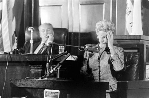 Lana Turner testifies at the inquest into the death of Johnny Stompanato, 1958