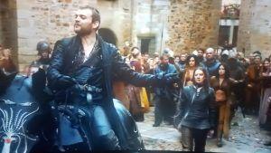 Euron parades his captives through the streets of King's Landing
