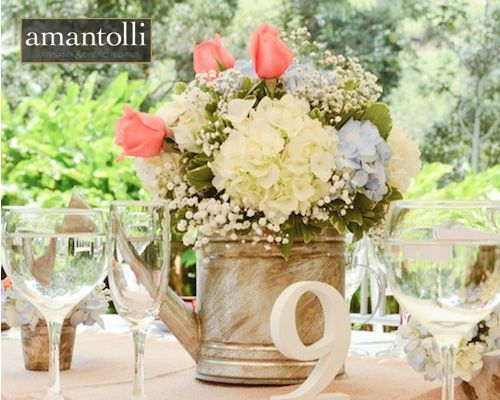 Centrodemesa de regadera con flores hortensia blanca - Mesas de centro rusticas ...