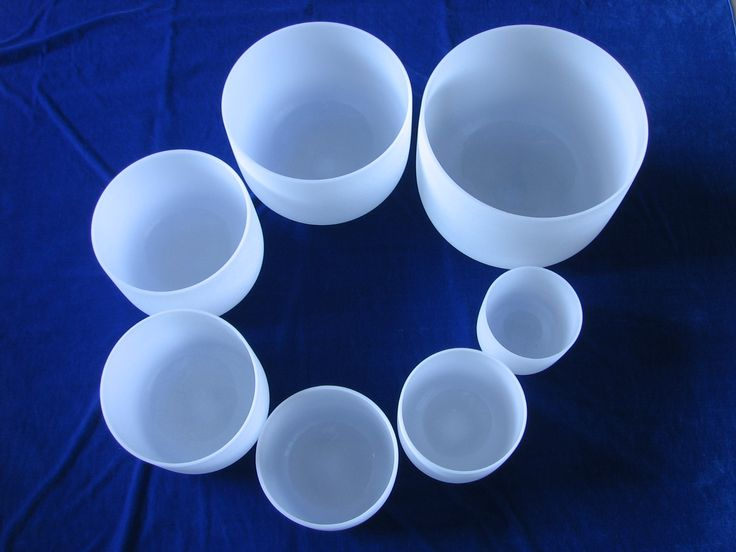 We are main manufacture of Seven Chakra Quartz Crystal Singing Bowls  for years. It is ideal for realigning energy in the body for healing. Selling points of Seven Chakra Quartz Crystal Singing Bowls 1. made with 99.9% pure quartz crystal and is especially designed for accurate toning. 2.Factory sell directly 3.MOQ is only 1 piece 4.There will be more discount before important festivals coming   7.Free standard export package   welcome to contact quartz_sara@hotmail.com…