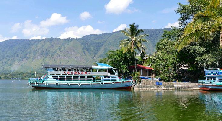 Unser letzter Zielort auf Sumatra war Tuk Tuk, Insel Samosir im Toba See, doppelt so groß wie der Bodensee und rund 900 Meter über dem Meeresspiegel