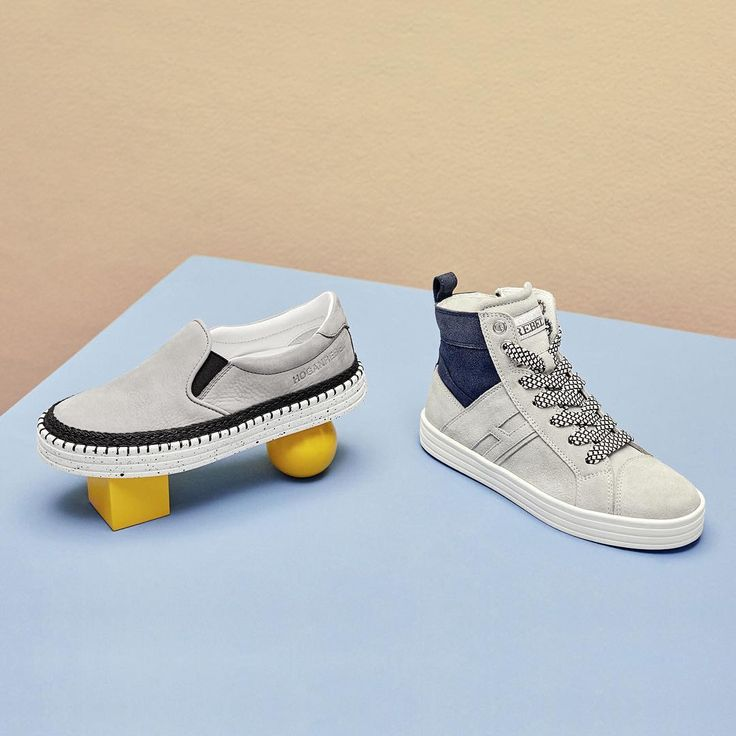 The #HoganJunior #R260 and #R141 #sneakers in cool shades of light grey and navy blue suede